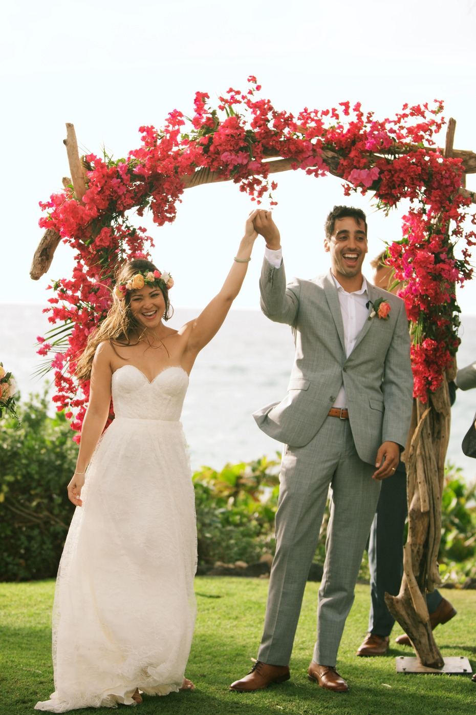 tropical wedding arch for your Hawaii wedding ceremony