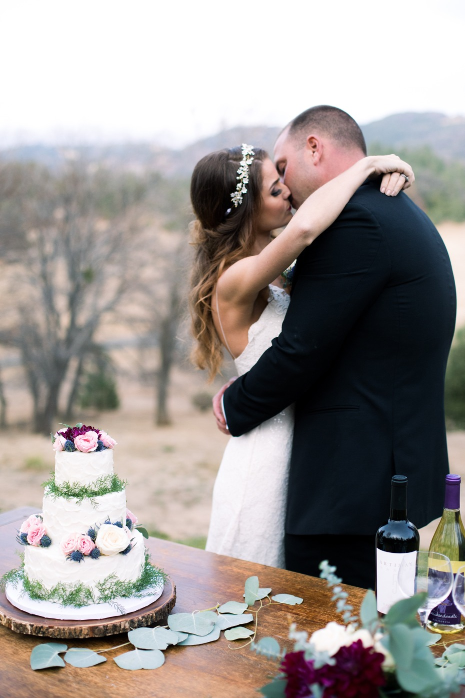 kissing over the cake