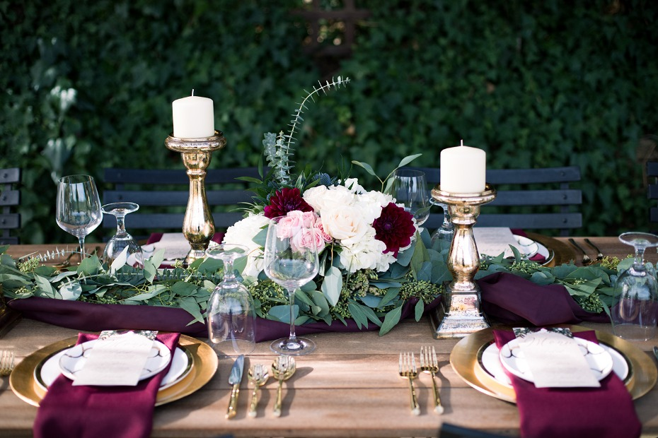 gold burgundy and floral wedding table decor