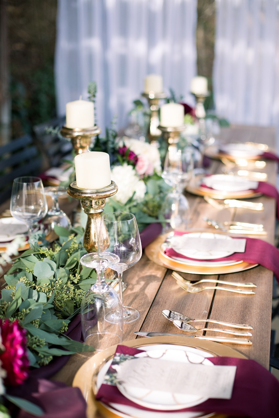 romantic wedding table decor for your winter wedding
