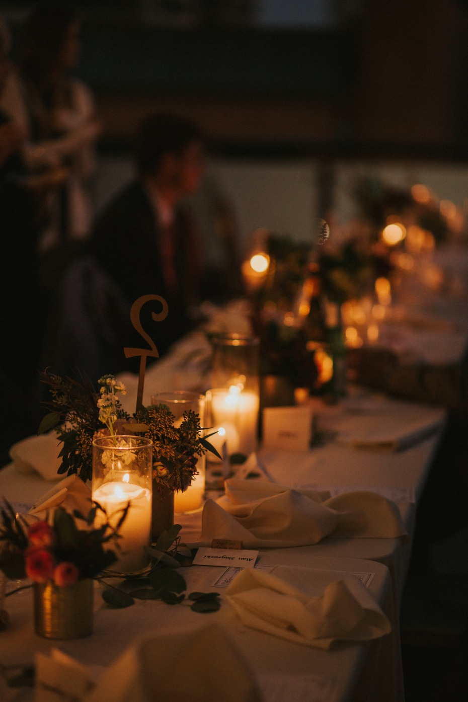 candle lit wedding table decor