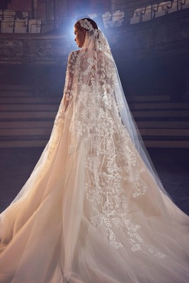 Meghan Markle Might Wear This Wedding Dress