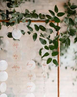 13 of the Best Escort Card Displays We've Seen Lately