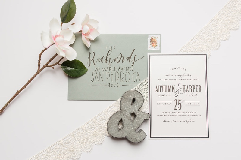 Bringing you a bit of spring wedding inspiration! Pair your design with a pastel for the ultimate springtime look!