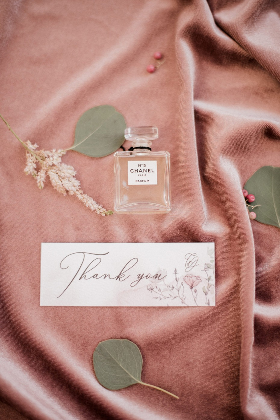 wedding perfume and thank you note