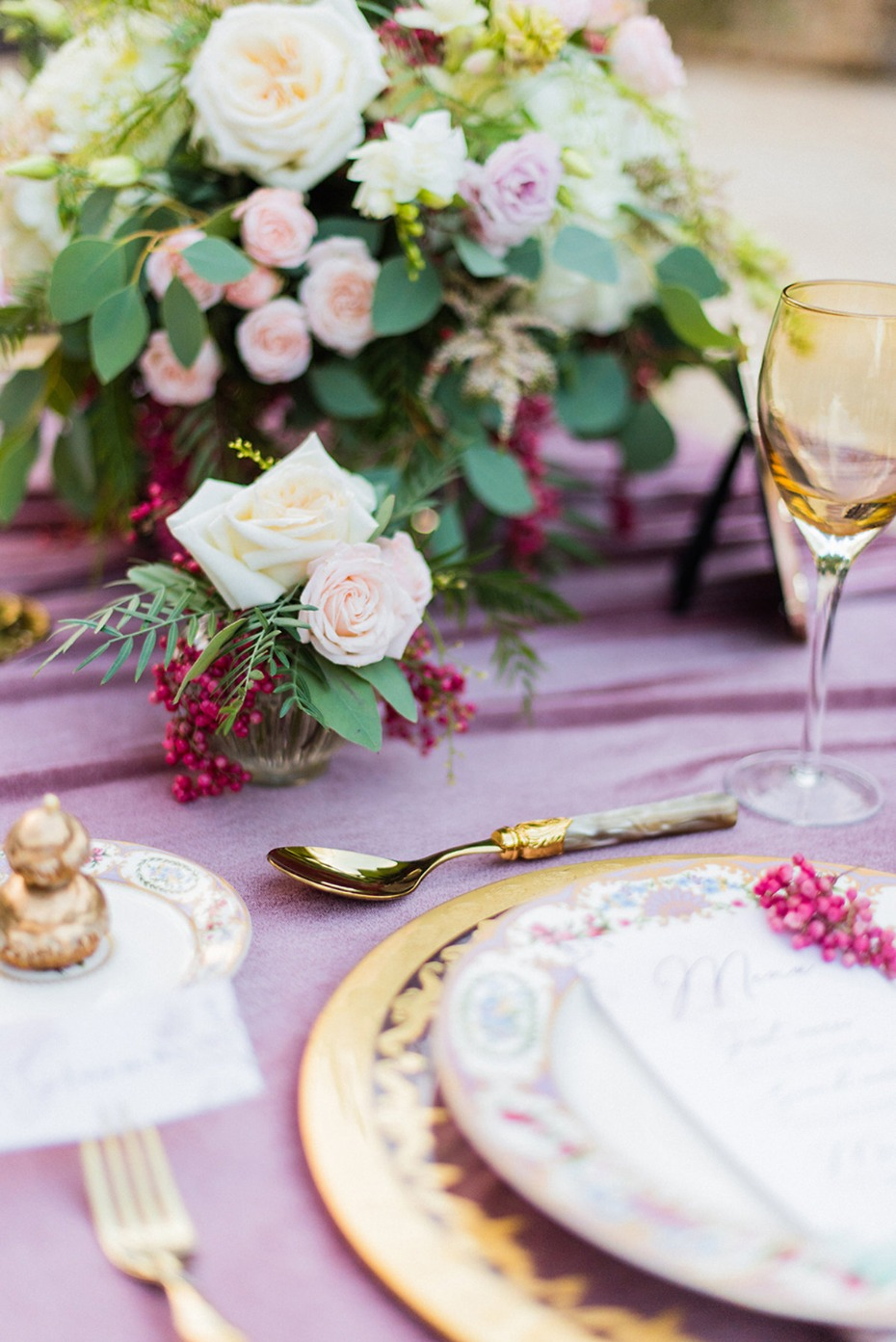 late fall wedding colors for your wedding table