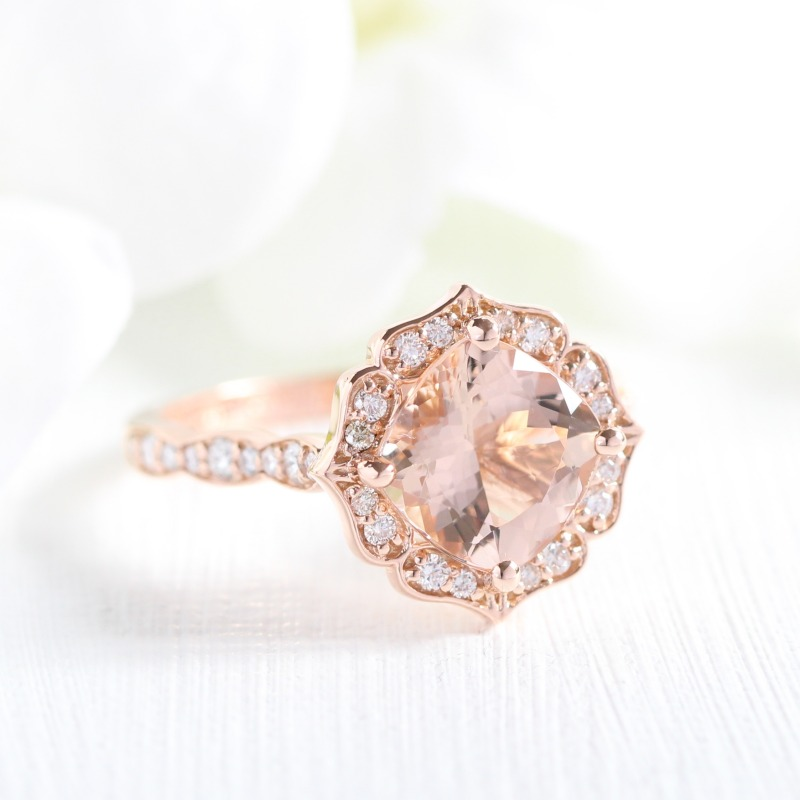 From our popular Vintage Floral Scalloped collection, an 8x8 cushion morganite in rose gold ~