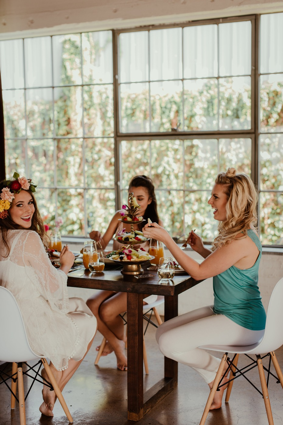 Tropical bridal brunch with besties
