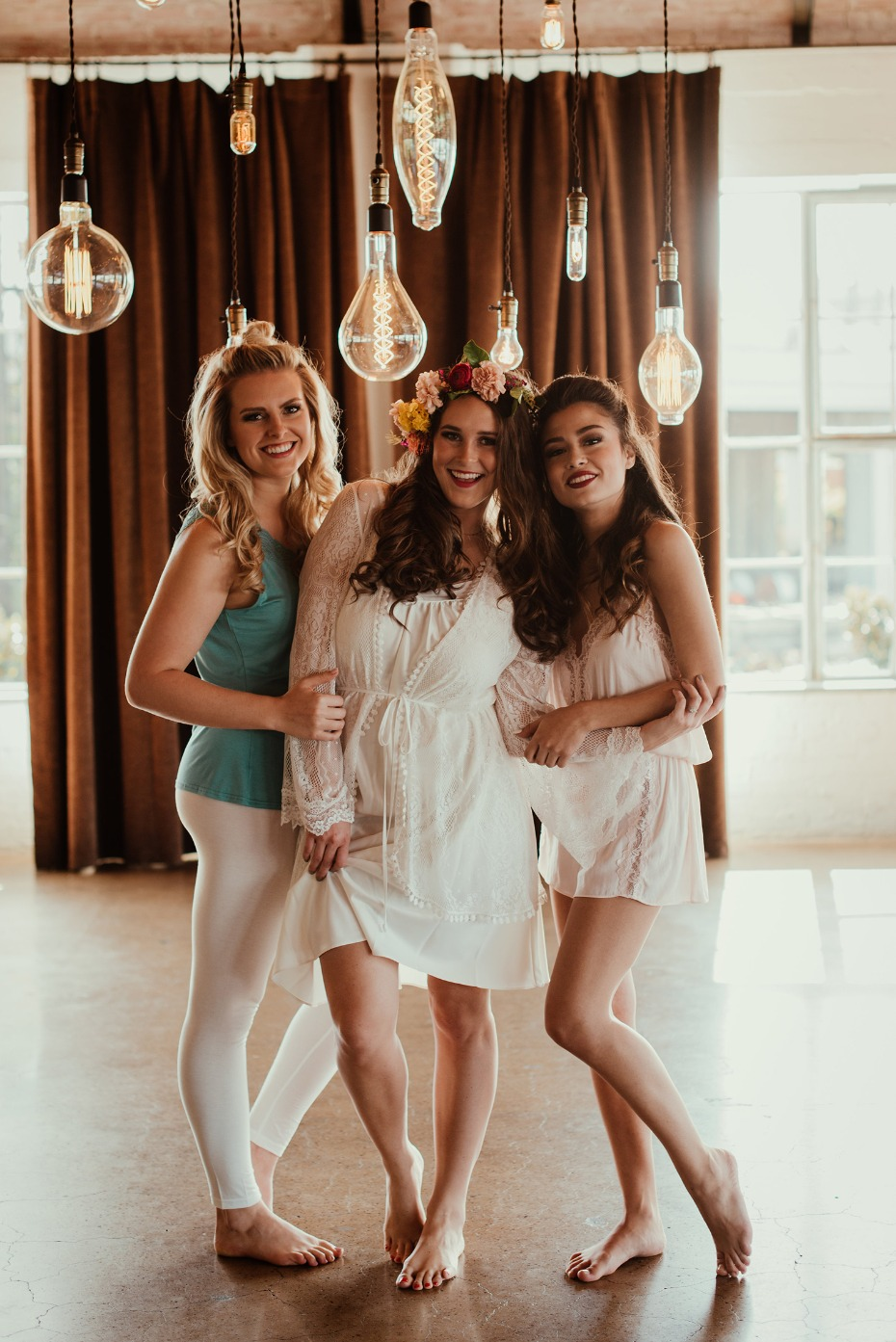 Fun Tropical bridal brunch shoot