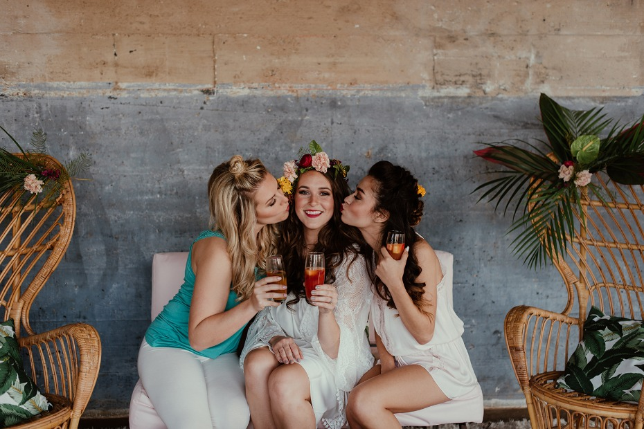 Comfy tropical bridal brunch