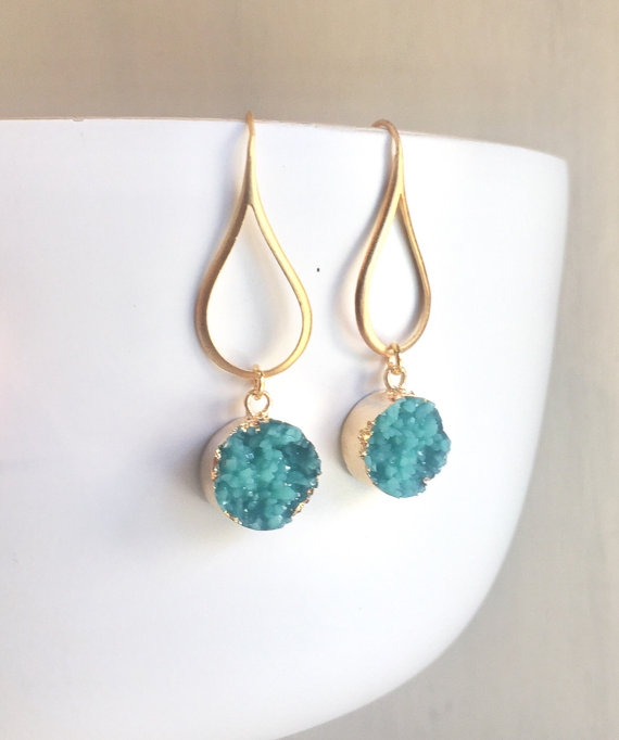 Druzy Drop Earrings. Dangle Earrings. Druzy Earrings. Gift for Her. Druzy Jewelry. Christmas Gift. Holiday Gift. Jewelry Gift.
