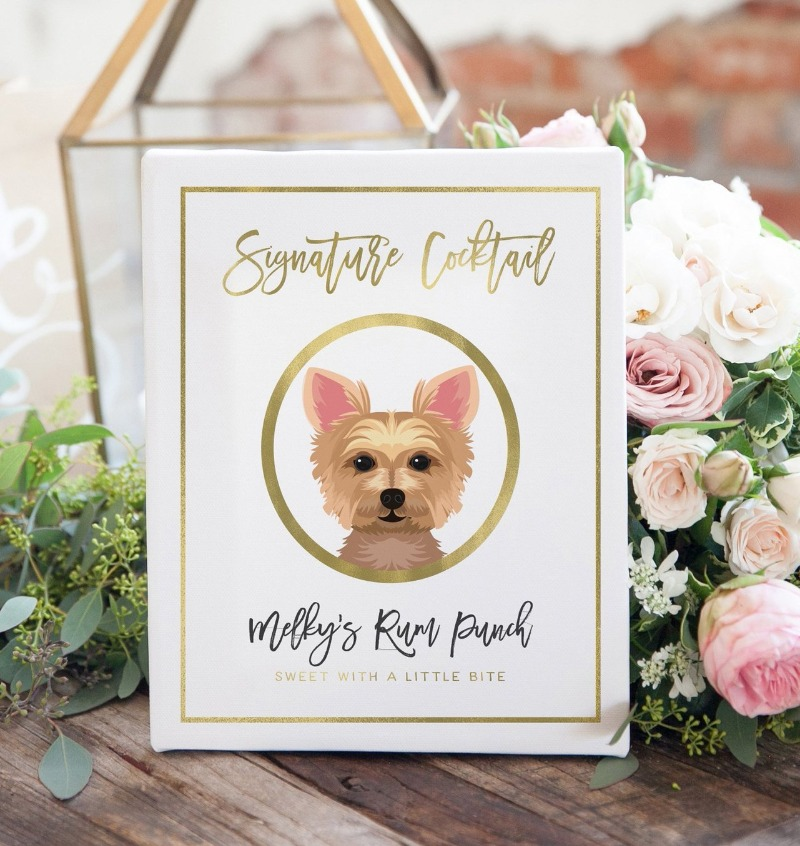 The CUTEST way to show off your signature drinks at your wedding... and your fur baby!!!!