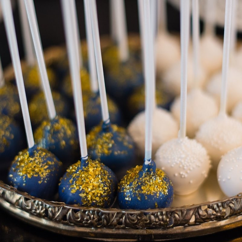 Cake pops are another fun alternative to having a large cake at your wedding. To be honest, holding a plate of cake and trying to eat