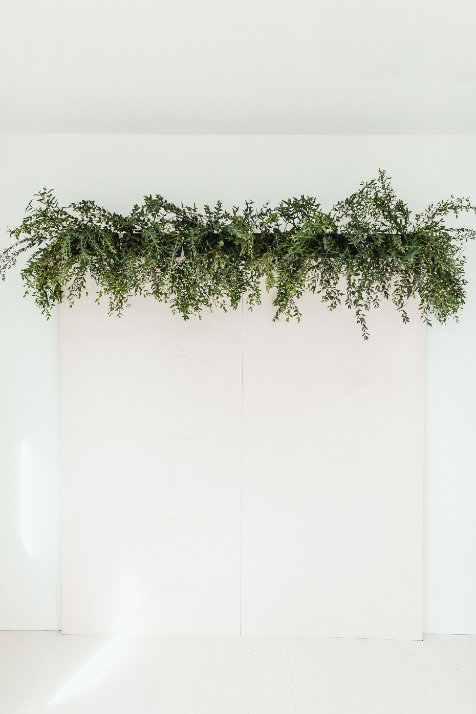 how to build a floral backdrop wall