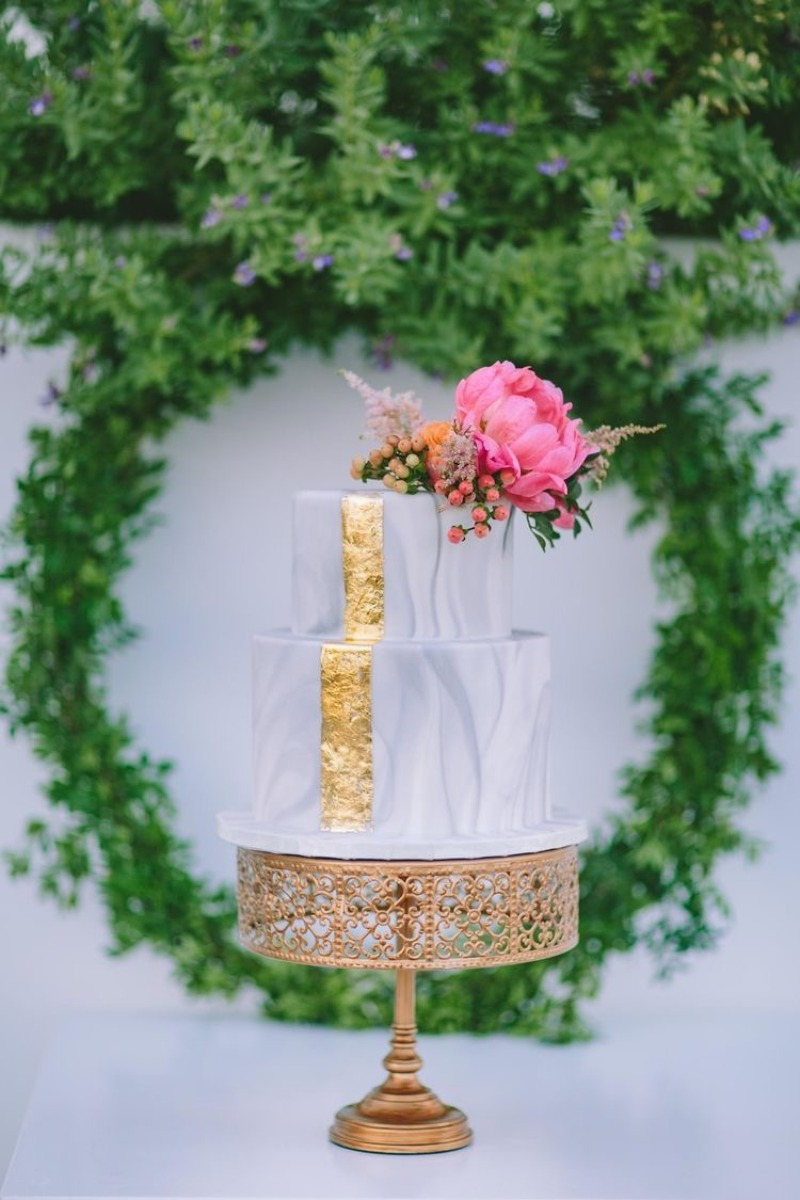 Wedding Cake Stands for the big day!
