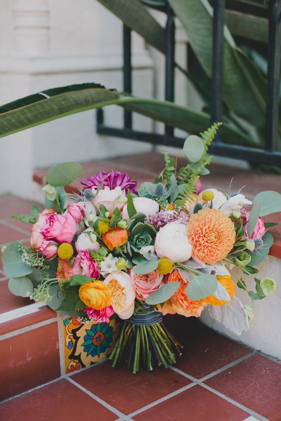 bright and bold wedding bouquet for your summer wedding