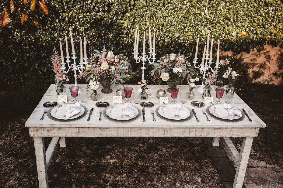 Shabby chic table with chandeliers