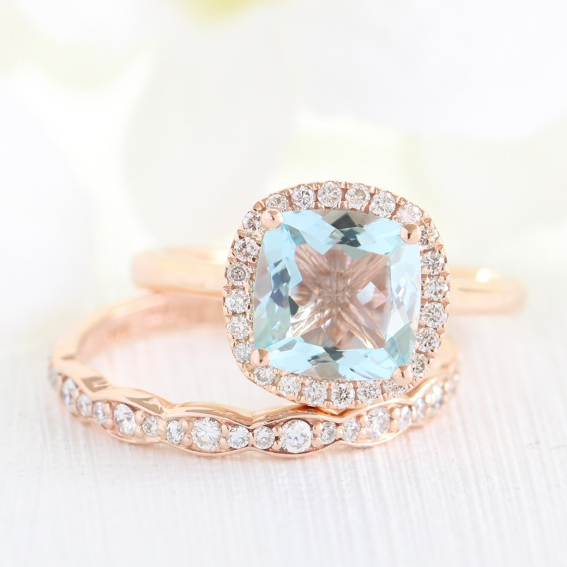 See more beautifully handcrafted Aquamarine bridal sets from La More Design here ~