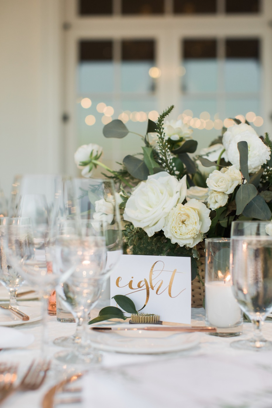 Elegant table decor for the reception