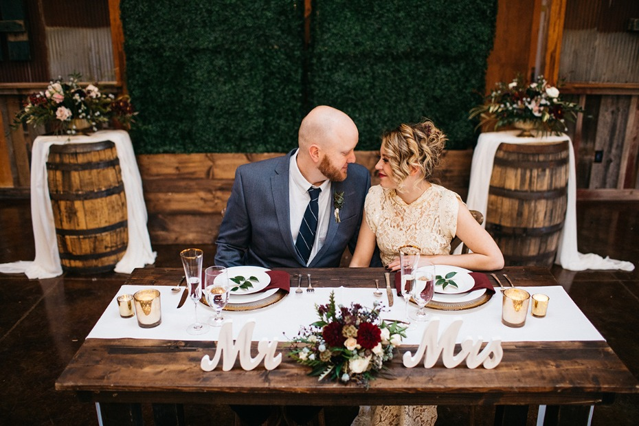sweethearts table for your rustic chic barn wedding day