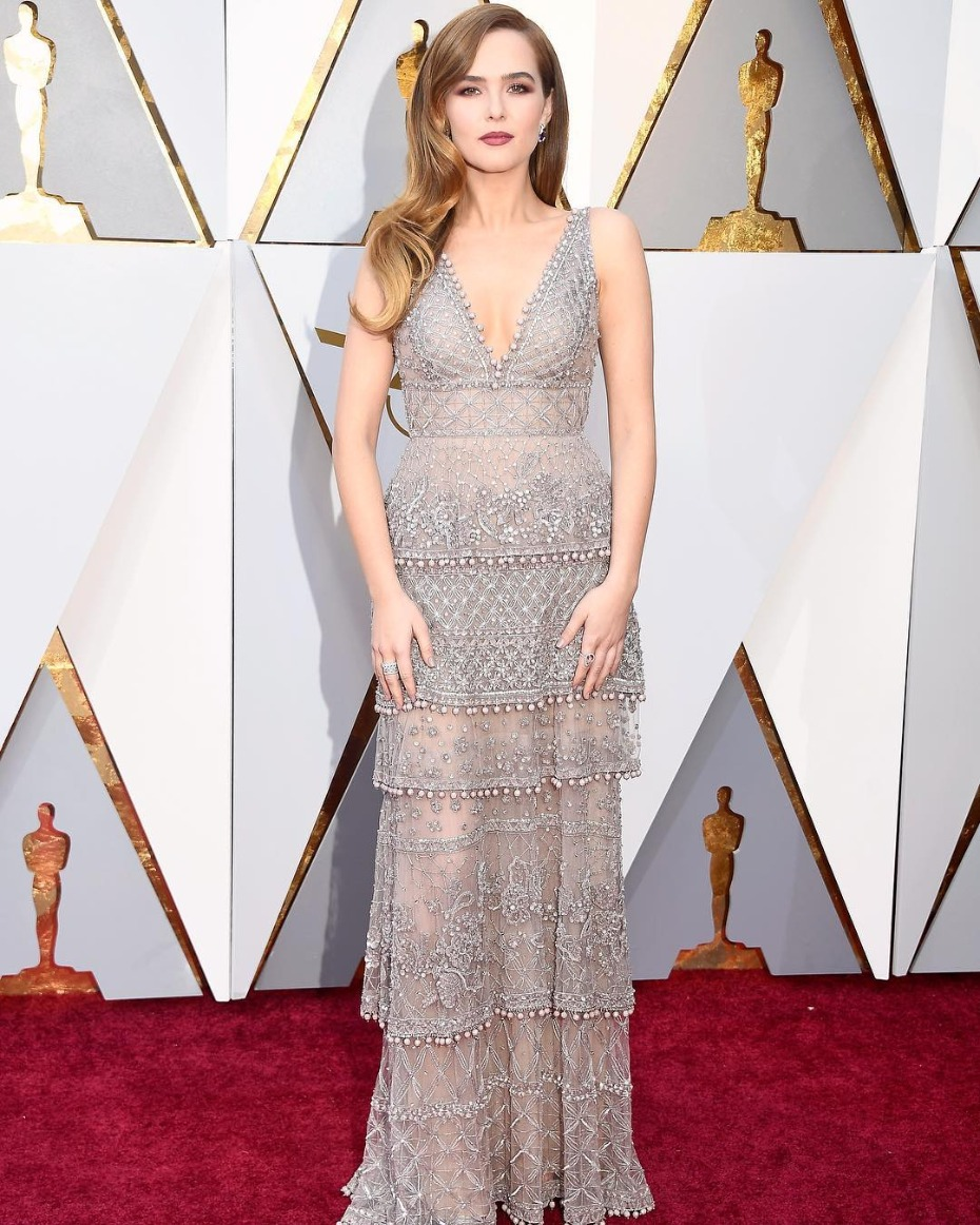 Zoey Deutch in Elie Saab Oscars