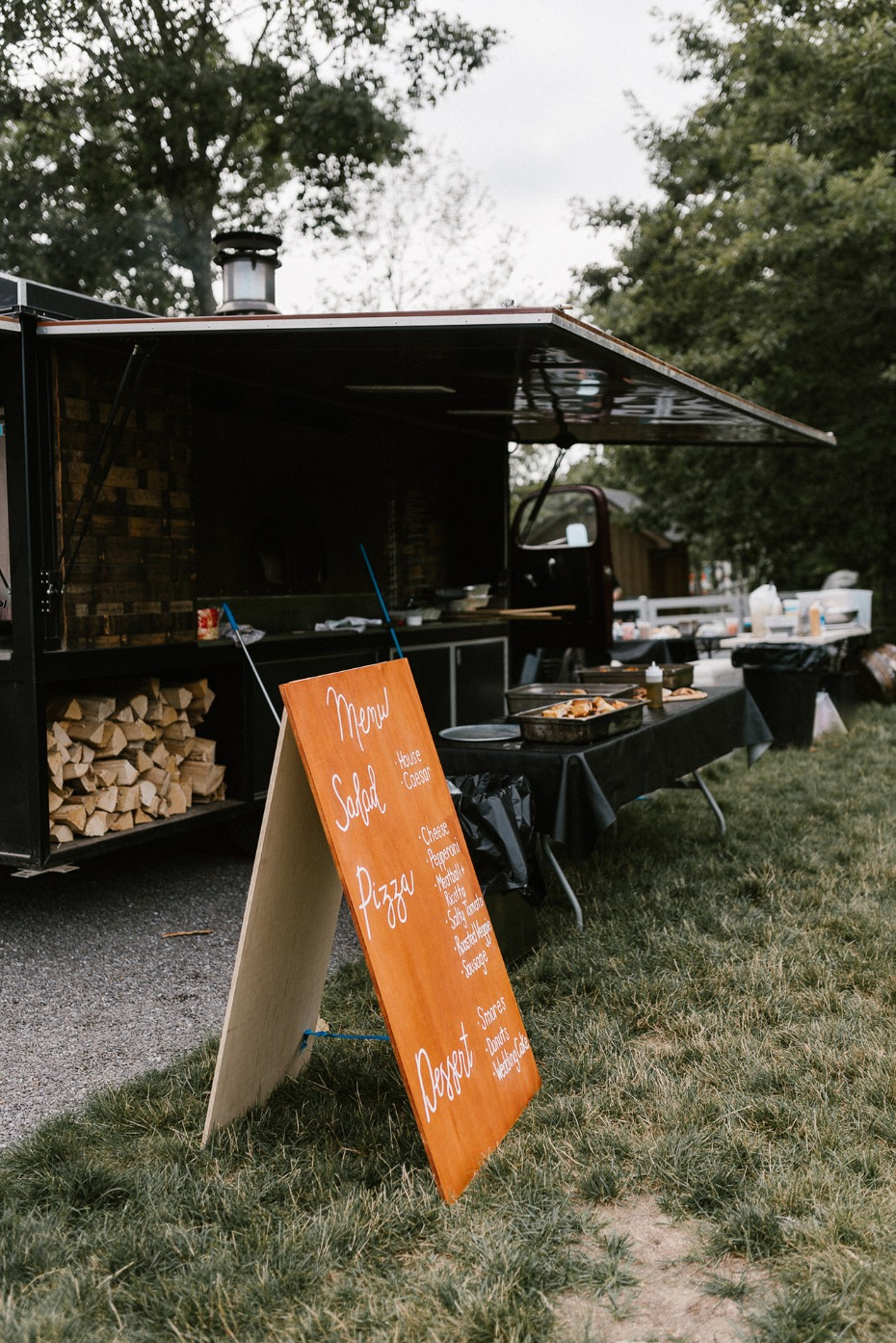 wood-fired pizza truck catering