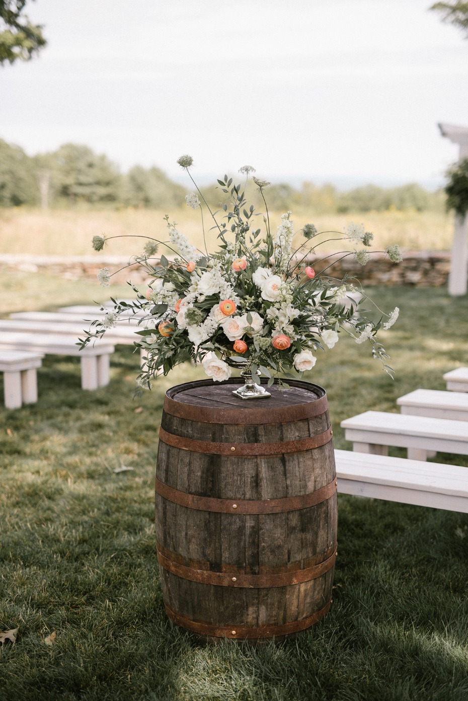 Wild and loose ceremony flowers