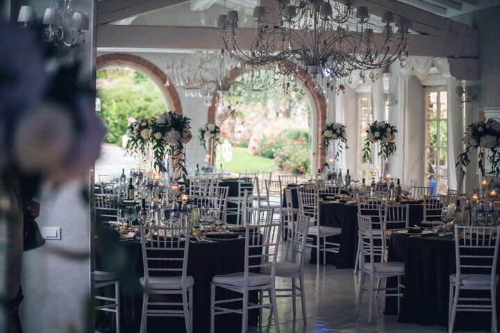 Celebrate the happiest day of your life at #VallediBadia. The beautiful dining room is perfect for your reception! 😍