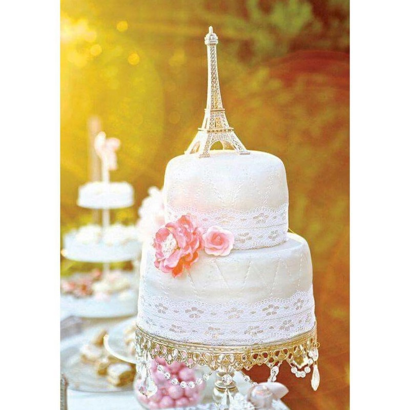 Parisian Inspired & Dreamy Cake 🌸on our ✨Shiny Gold Chandelier Cake Stand ✨