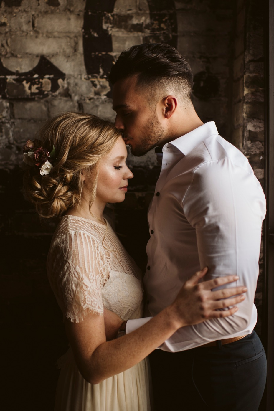 Urban romance wedding inspiration
