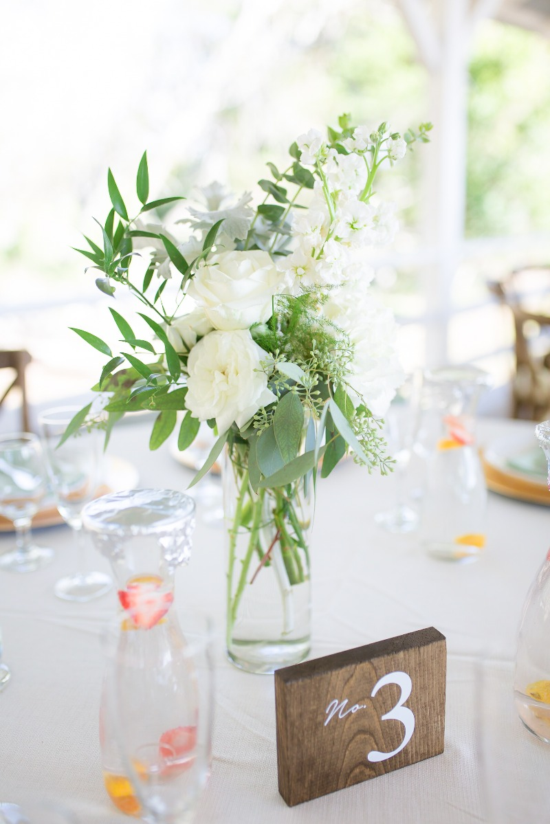 Simple and sweet table decor!