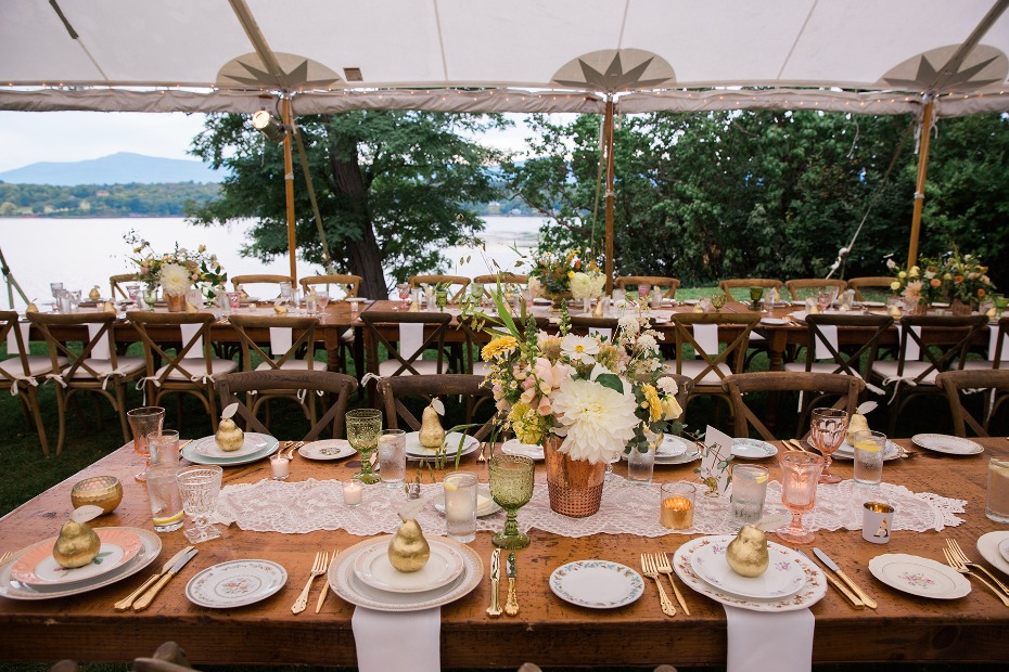 grandma glam wedding table decor for your late summer reception