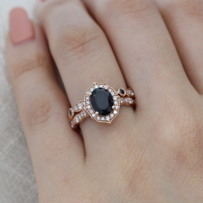 Oval Black Spinel in Vintage Floral Scalloped with Black and White Diamond Bezel Scalloped Wedding Band Bridal Set by La More Design