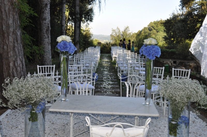 Dream wedding at @Valledibadia with a view of the Tuscan hills...