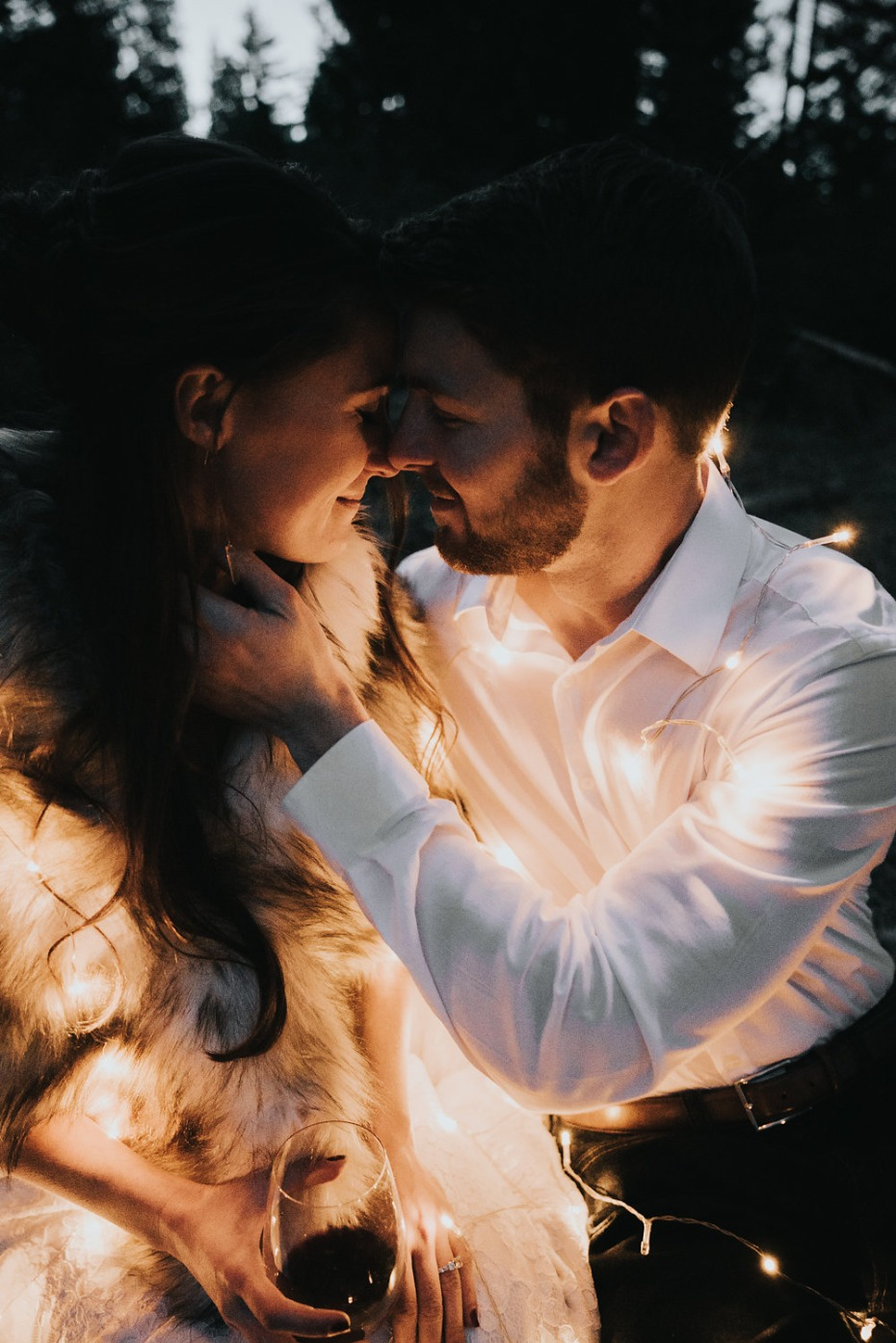 glowing wedding photo idea