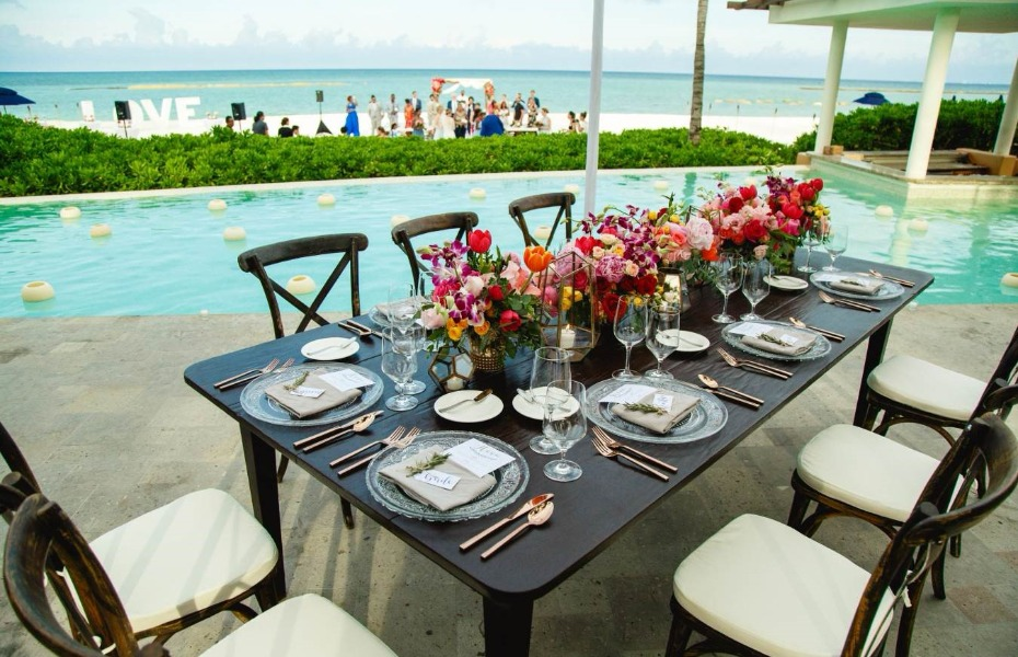 Poolside reception with view of the beach