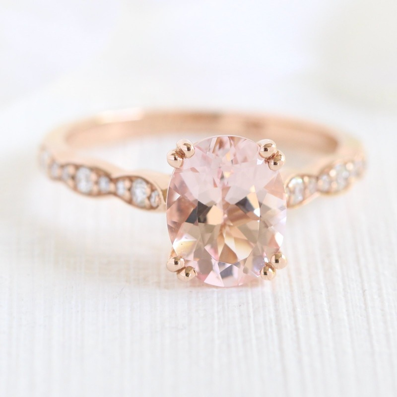 Love peach colored gemstones? Check out La More Design's selection of morganite engagement rings here ~