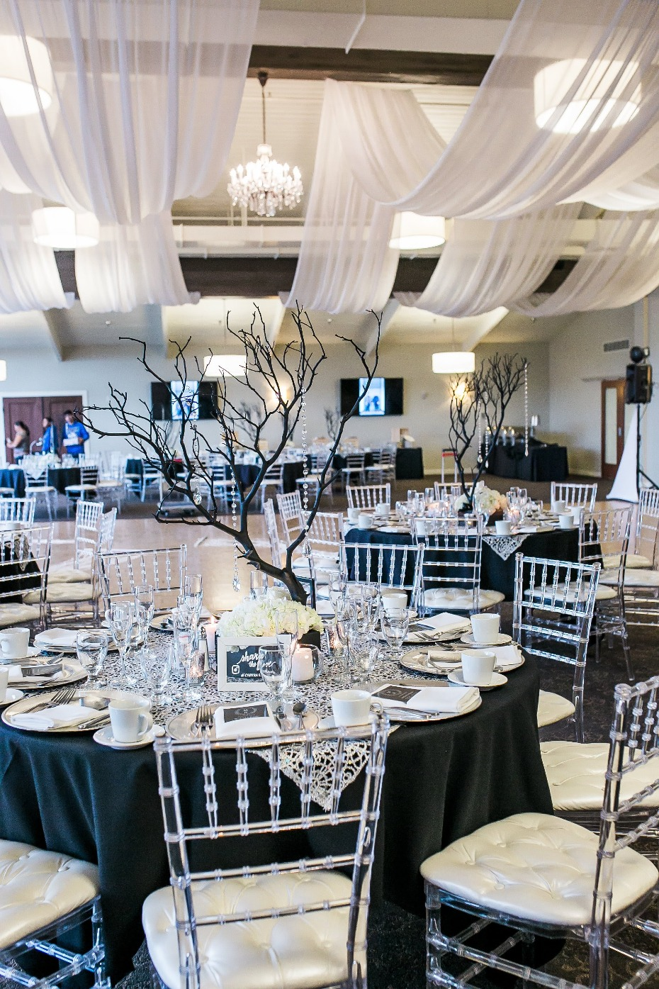 Glam black and white reception