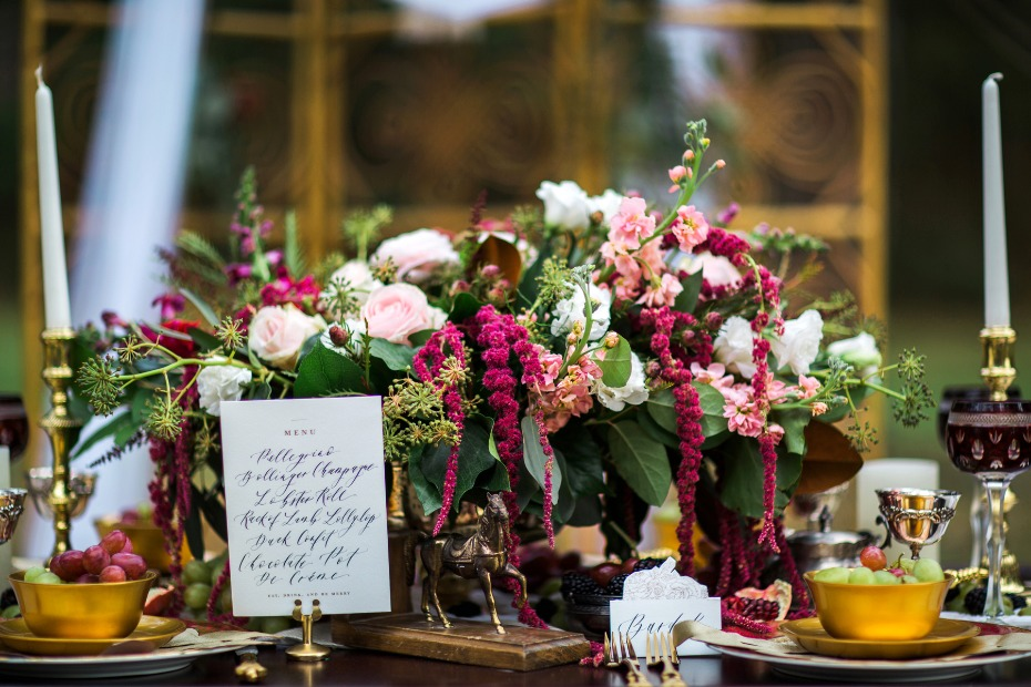 fall pink and burgundy wedding centerpiece