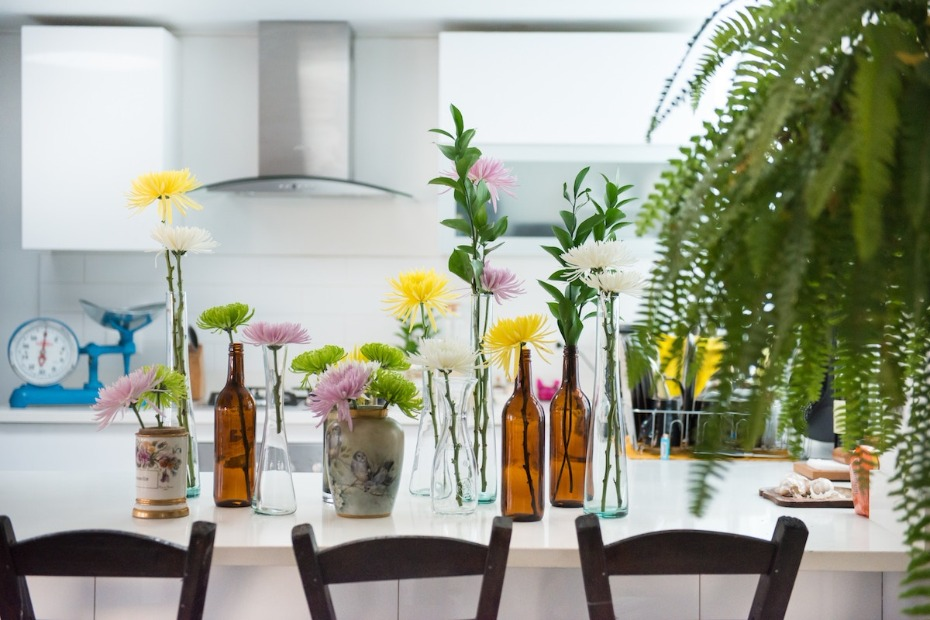 How to DIY Flower Arrangement for Wedding Photo by Diego Botero