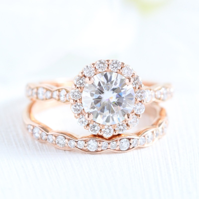 Find your dream Forever One Moissanite bridal set from La More Design by clicking here ~