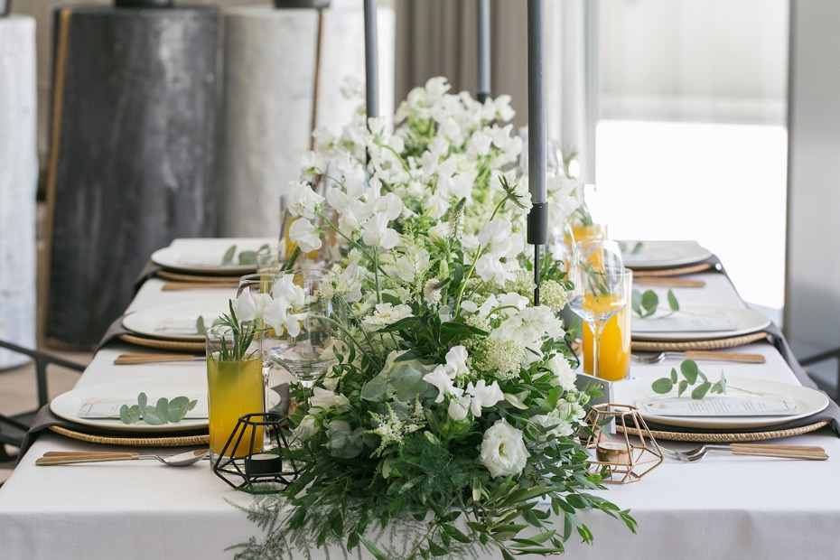 White and copper wedding table decor