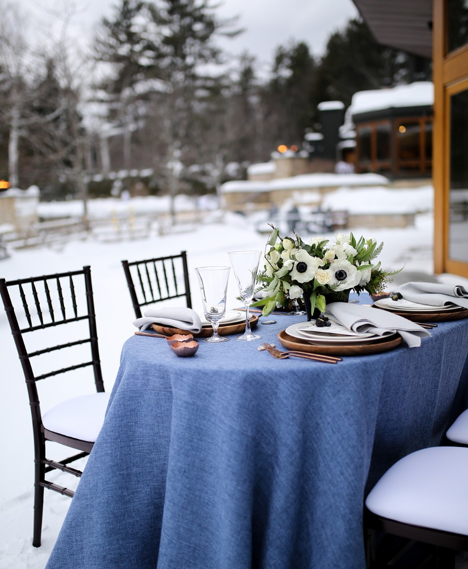 blue and copper wedding table