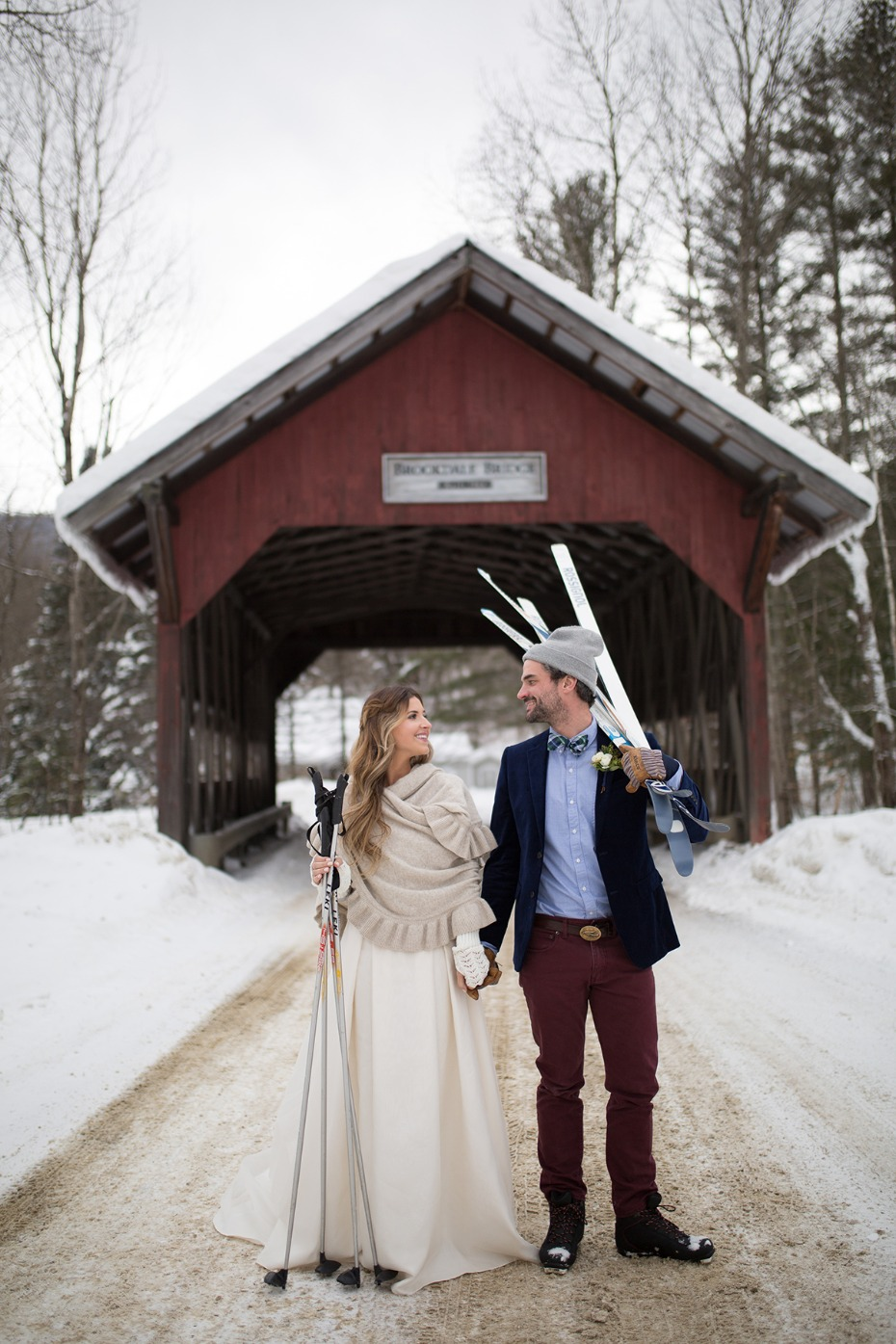bride and groom winter wedding ideas
