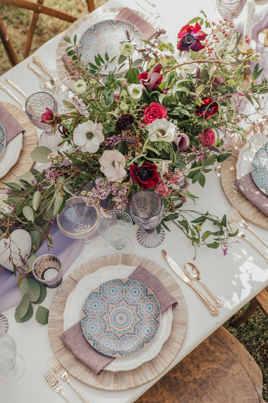 Elegant boho table decor