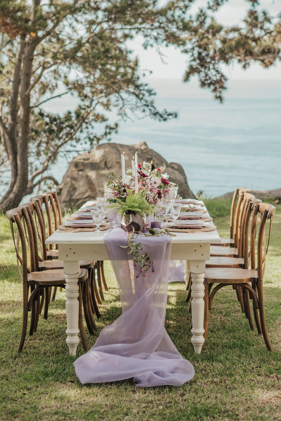 Boho vintage outdoor tablescape
