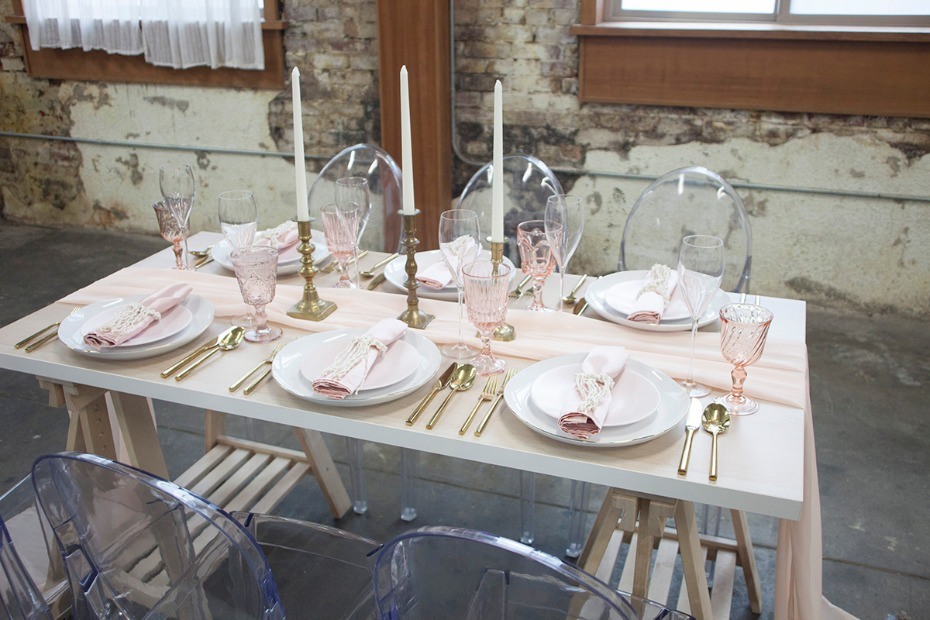 modern rustic chic wedding table decor in gold and blush