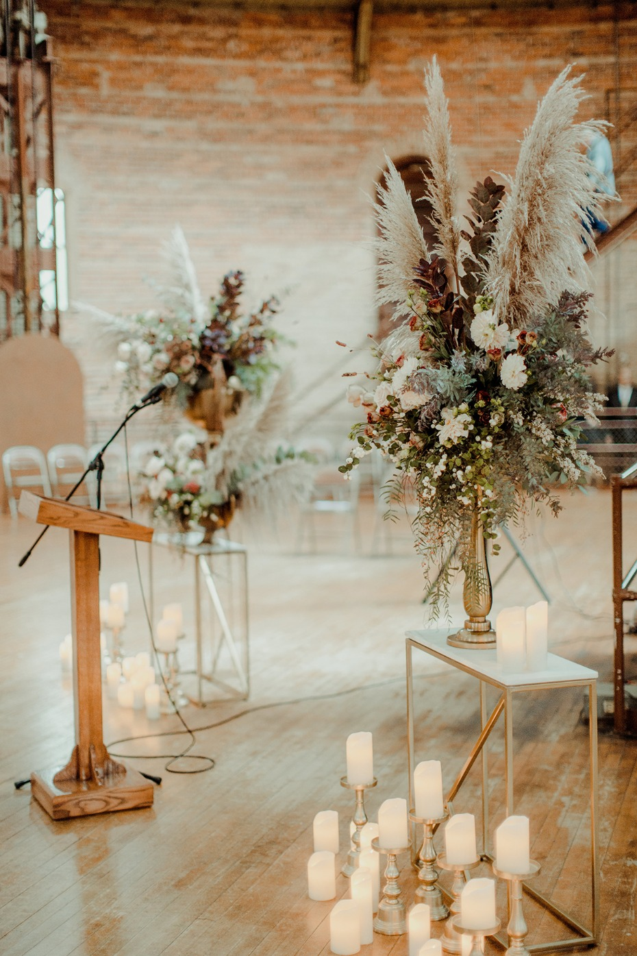 glowing wedding ceremony decor