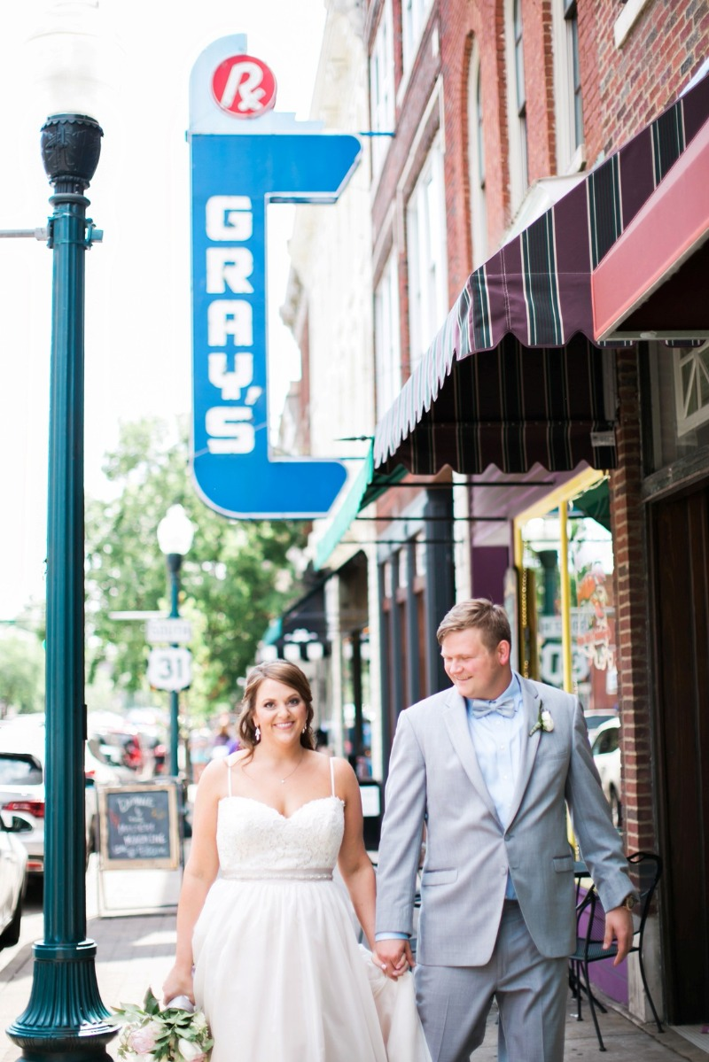 CJ's Off the Square is a intimate, cozy wedding venue located in the heart of historic downtown Franklin, TN. Learn more about hosting