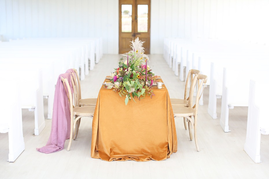 Jewel-toned table decor